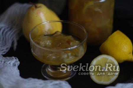 Готовое варенье из груши и лимона