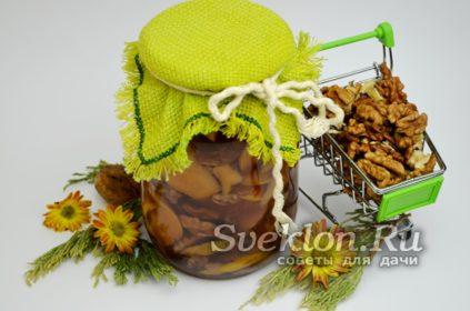варенье из айвы с орехами и имбирем