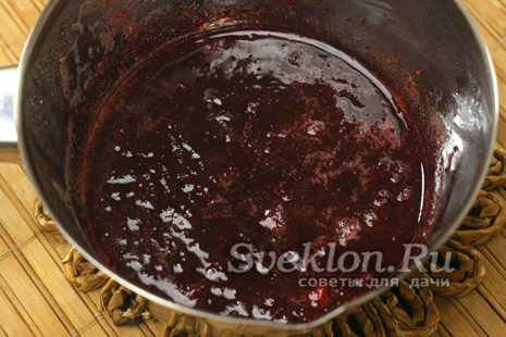добавить желатин к ягоде