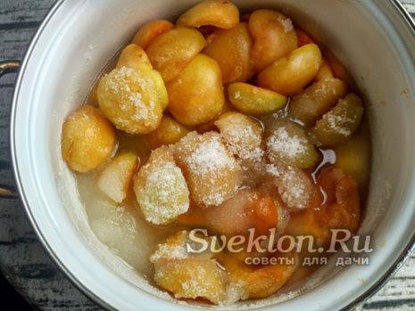 сок абрикосов с сахаром