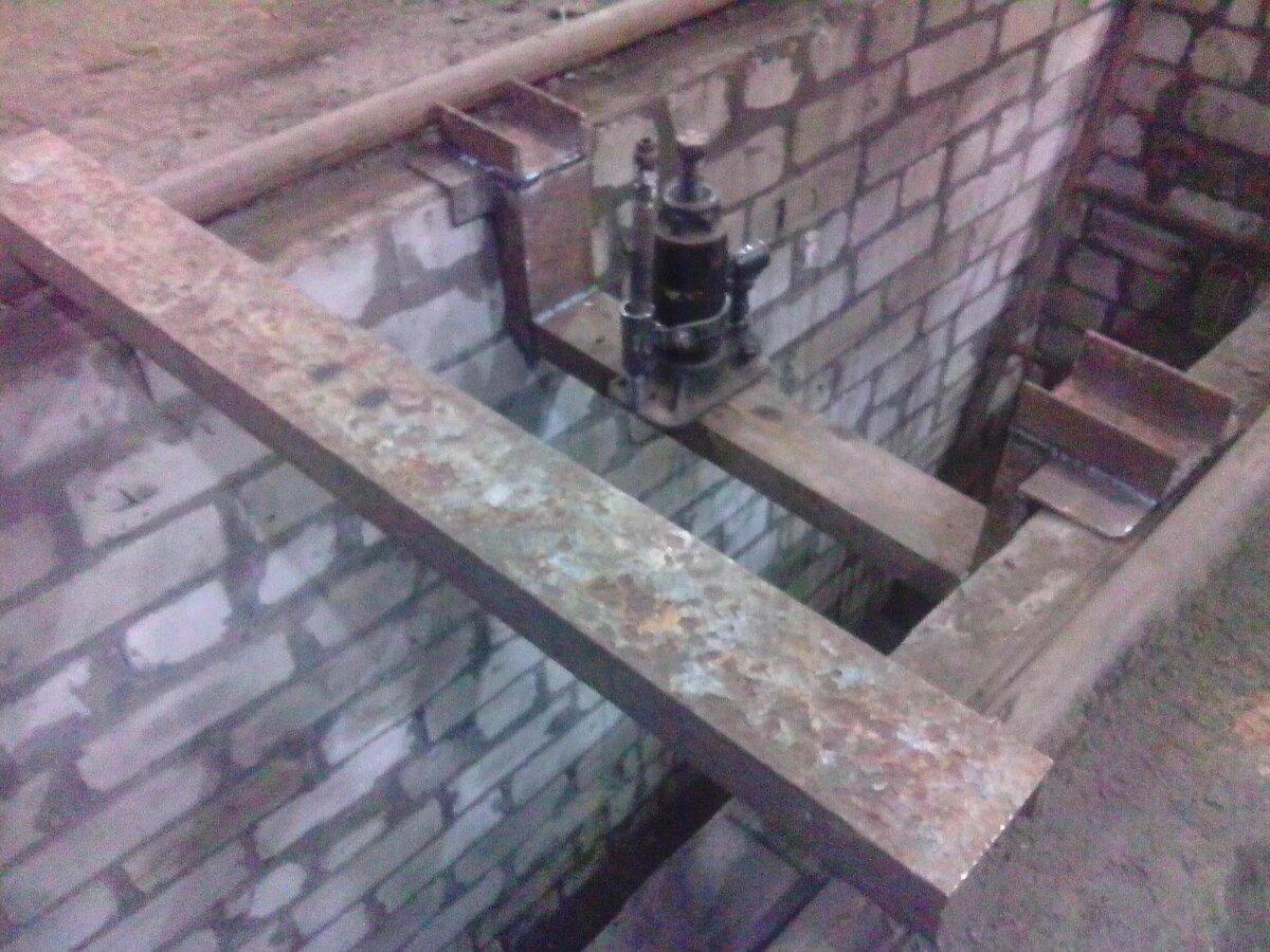 строительство смотровой ямы